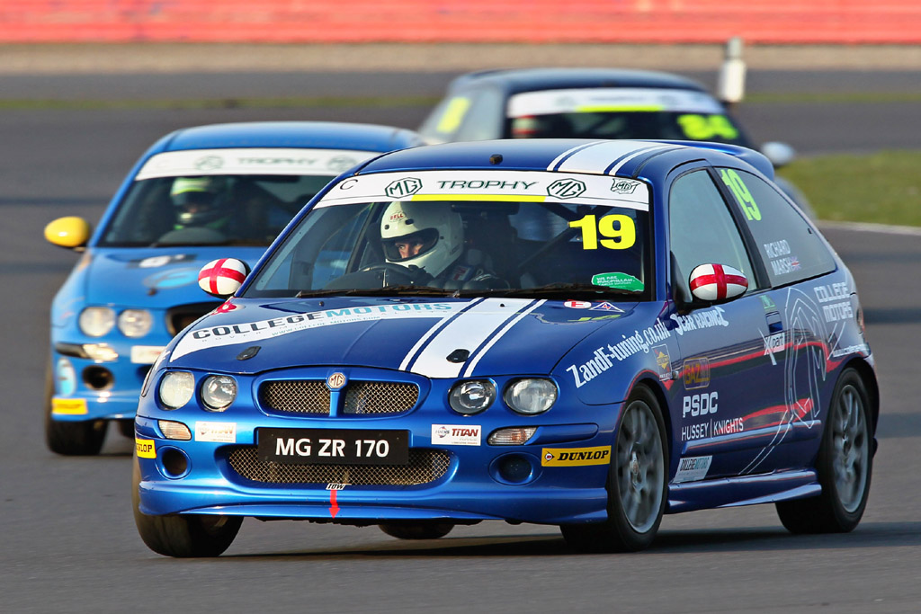MG_Trophy_Silverstone_National