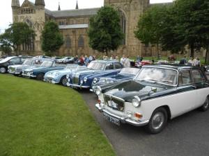 Mix of Cars at Palace Green