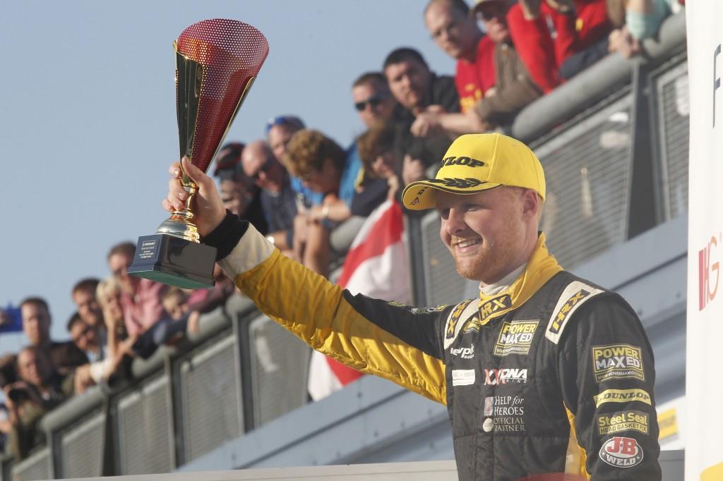 Josh Cook (GBR) Racing For Heroes Chevrolet Cruze